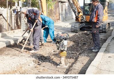 Gorna Oryahovitsa -October 30:Construction of object Plumbing repair and construction of additional drainage shahti.Rabotnitsi and machinery at the site of October 30, 2015,Gorna Oryahovitsa, Bulgaria
