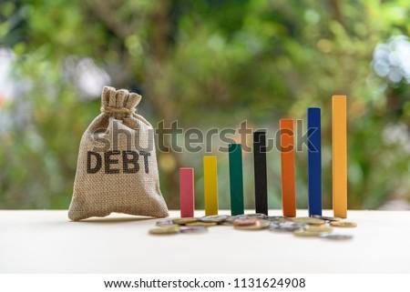 www.shutterstock.com/1131624908