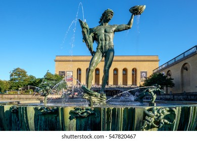 GOTHENBURG - SEPTEMBER 4: The iconic statue of Poseidon at Gotaplatsen on September 4, 2014 in Gothenburg. This sculpture by Carl Milles has become a symbol for Gothenburg.