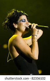 GOTHENBURG, SWEDEN - AUGUST 15: Singer Lily Allen performs onstage at the Way Out West festival August 15, 2009 in Gothenburg, Sweden