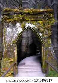 Gothic Gate, Adrspach, Teplice, Rock Town, Czech Republic