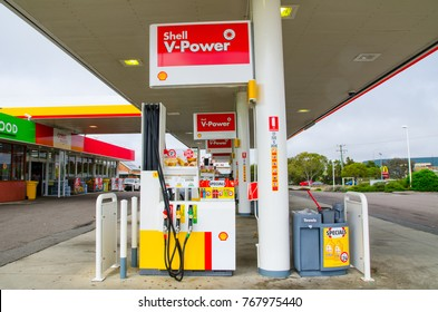 Goulburn, New South Wales, Australia. – On December 3, 2017. – Shell V-power petrol station, the image shows a Petrol pump.