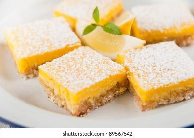 Gourmet Homemade Lemon Bars