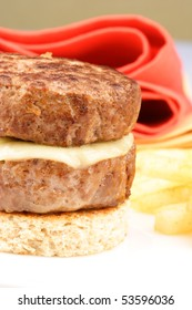 gourmet patty melt, Season the ground beef with salt, pepper, and garlic salt according to taste. Make into patties and cook until done, shalow dof