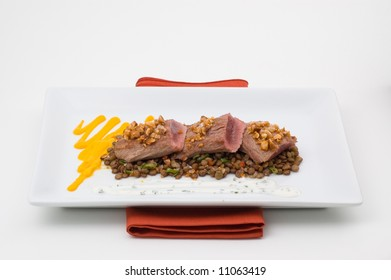 gourmet plate meat with lentil