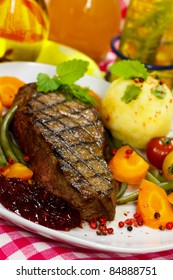 Gourmet Steak with Green Beans,Cherry Tomato,Cranberry