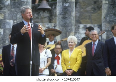 Governor Bill Clinton speaks at Arneson River during the Clinton/Gore 1992 Buscapade campaign tour in San Antonio, Texas