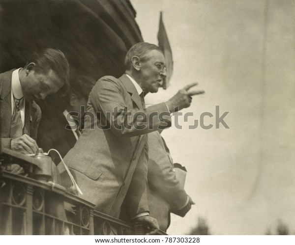 Governor Woodrow Wilson campaigning by train for president in Bradford, Ohio, 1912