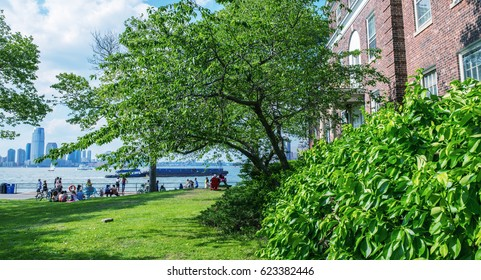 Governor's Island in New York City - Gardens with Manhattan view.