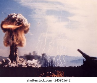 The GRABLE Shot used a 280mm artillery gun to fire a 15 kiloton nuclear shell. 12 officers were only 1,830 meters, and another 590 soldiers were 3,660 meters from ground zero. May 25, 1953.