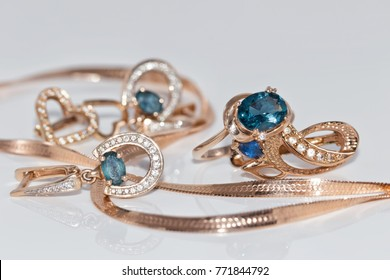graceful gold jewelry with Topaz ring and earrings