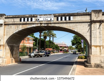 GRAFTON, AUSTRALIA – April 9, 2019: Detail of the superb 3-centered arch of the railway viaduct crossing Prince Street in central Grafton, a town in northern New South Wales, Australia