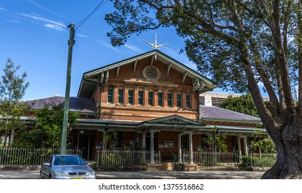 GRAFTON, AUSTRALIA – April 9, 2019: Facade of the Victorian era heritage building of the Court House, built in 1880 in Classical Revival, in central Grafton, NSW, Australia
