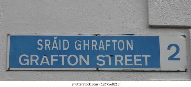 Grafton Street street sign in English and Irish language.