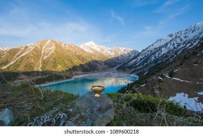 Grail, mountains and lake