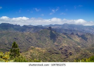 Gran Canaria, May, hiking route Cruz de Tejeda - Artenara, view into Caldera de Tejeda