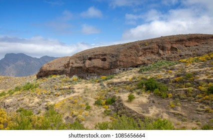 Gran Canaria, May, montains of the central part of the island, natural caves used in agriculture, El Toscon area