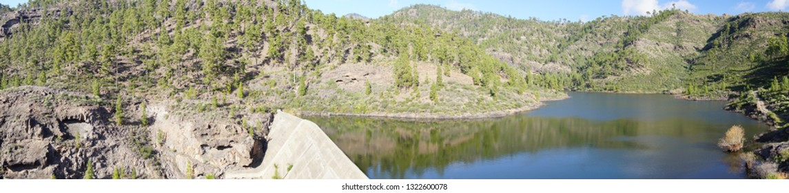 Gran Canaria - Mountains - Panorama - Shutterstock ID 1322600078