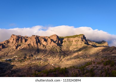 Gran Canarian mountain range (El Morro de la Conejera) near Cruz Grande and San Bartolome de Tirajana. Mountains in Gran Canaria, Spain.