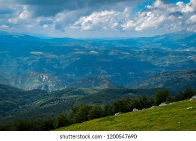 Gran Sasso Mountains chain, Prati de Tivo, Teramo Province, Abruzzo Region, Italy