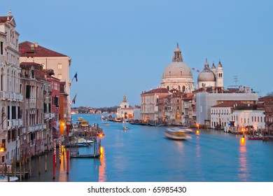 Grand Canal of venice in the evening time