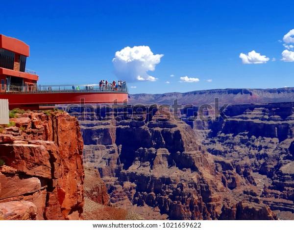 Grand Canyon Skywalk, Hualapai Reservation