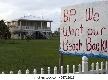 GRAND ISLE, LA - JUNE 5: A sign on the front lawn of a home on June 5, 2010 in Grand Isle, LA. The BP oil spill that began April 20th, 2010, has resulted in oil washing up on the shores of Louisiana.