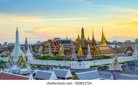 Grand palace and Wat phra keaw at sunset bangkok, Thailand. Beautiful Landmark of Thailand. Temple of the Emerald Buddha.