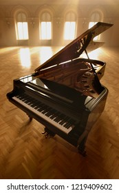 Grand Piano in Concert Hall