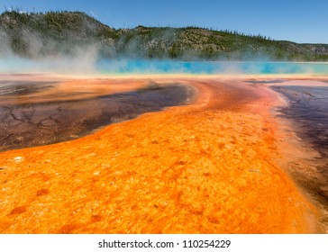 Grand Prismatic Spring at the Midway Geyser Basin in Yellowstone National Park, Wyoming