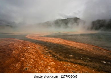 Grand Prismatic Springs, geothermal pool at Yellowstone National Park