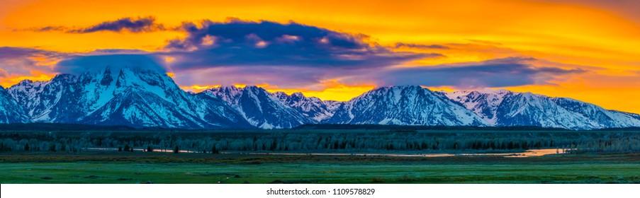 Grand Tetons scenic classic mountain landscape pano panoramic scene
