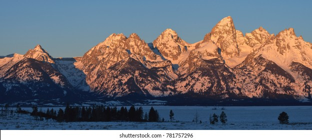 Grand Tetons sunrise, WY