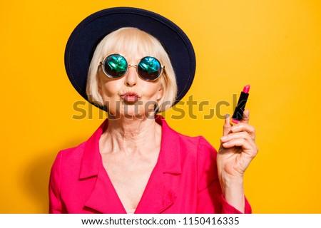 date old women.com