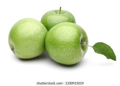 Granny smith apples and leaf isolated on white background