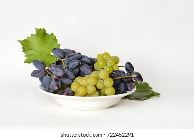 Grapes on a plate.