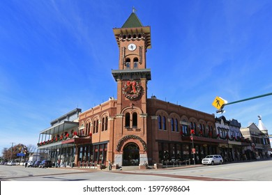 GRAPEVINE, CHRISTMAS CAPITOL OF TEXAS, DEC 24, 2019: Unique shopping experience of Main Street in Historic Downtown Grapevine; holiday decorations and Christmas lights and charming local gift stores.