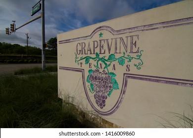 GRAPEVINE - TEXAS - USA05-18-2019 -  CITY OF GRAPEVINE TEXAS WELCOME SIGN