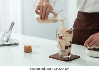 Grass Jelly Milk Tea