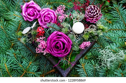 Grave decorations,  heart with roses