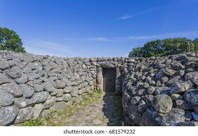 The king´s grave in Kivik, Skane Sweden, is from the bronze age. It is a circular site measuring 75 meters (250feet) in diameter, this tomb differs from most European burials from this age