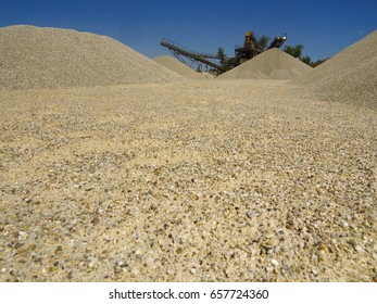 Gravel pit - Gravel extraction