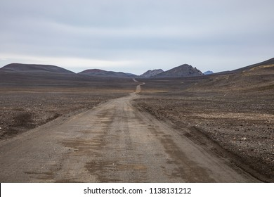 Gravel road on the way to Land man nalaugar in Iceland's Highlands