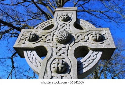 Gravestone cross in Ireland with a celtic knot design