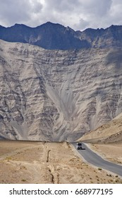 """A gravity hill where slow speed cars are drawn against gravity is famously known as """"Magnetic Hill"""" , a natural wonder at Leh, Ladakh, Jammu and Kashmir, India"""