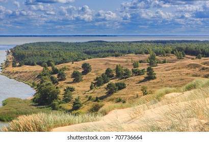 Gray Dunes's trail of Curonian Spit National Park in summer and view along Curonian Spit to south, Curonian Spit, Lithuania, Europe