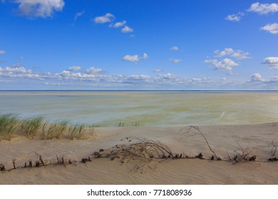 Gray Dunes's trail of Curonian Spit National Park in summer and view along Curonian Spit to east, Curonian Spit, Lithuania, Europe