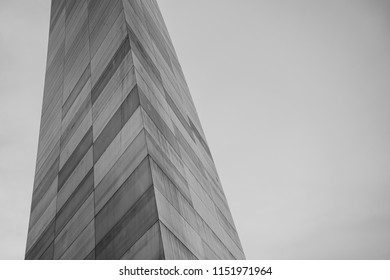 Gray Scale of Detail on Edge of Building