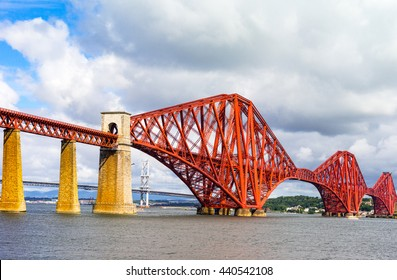 Great Britain, Scotland, Lothian area, the Forth Rail Bridge seen from South Queenferry, in the background the Forth Road Bridge.