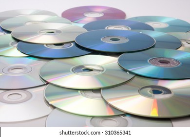 Great bunch of old compact discs.